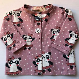 pynte-cardigan-med-panda-rosa-oeko-tex-95-5-bomuld-elastan