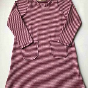 Jersey-kjole-blaaprikker-langaarmet-med-flaese-oeko-tex-bomuld-elastan