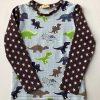 T-shirt-med-dinosaurer-og-stjerner-oeko-tex-95-5-bomuld-elastan