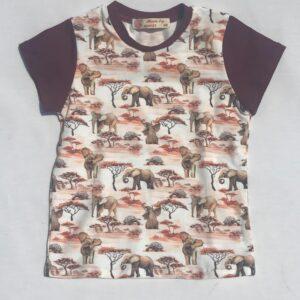 T-shirt-med-elefant-safari-creme-oeko-tex-bomuld-elastan-95-5